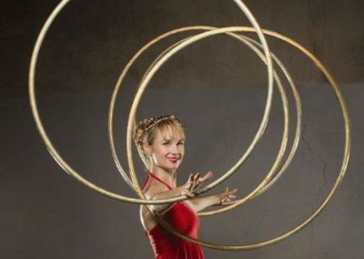 Hula Hoop Performer: Isabella – Canada