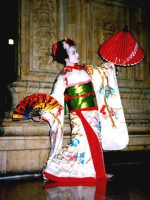 japanese_dancers_haru_ichiban1