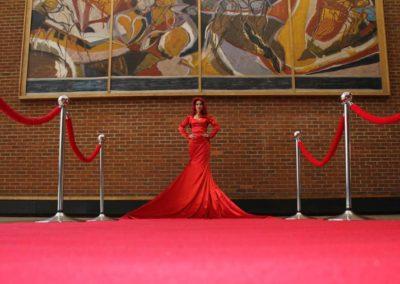 Jessica Carpet – Living Human Statue | UK