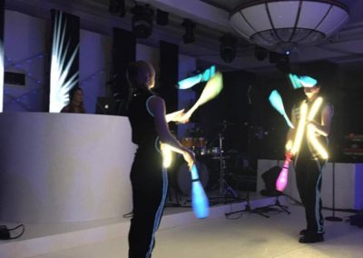 led_costumes__roaming_tables15