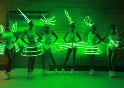 led_costumes__roaming_tables2