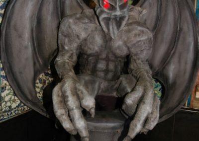 Living Gargoyle – Human Statue | UK