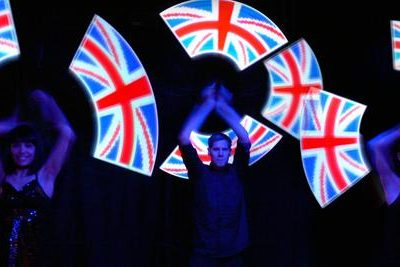 London Shining – Glow Show | UK