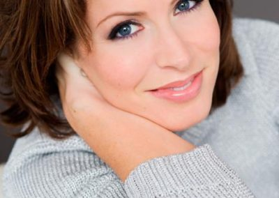 Natasha Kaplinsky | Conference Facilitator & Event Host | UK