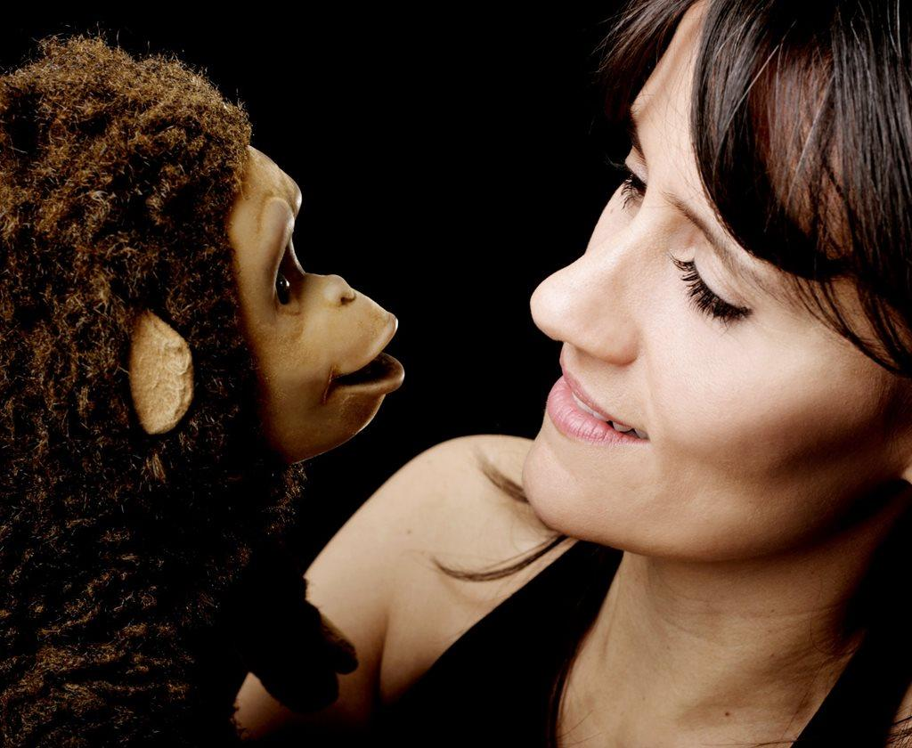 booking agent for nina conti