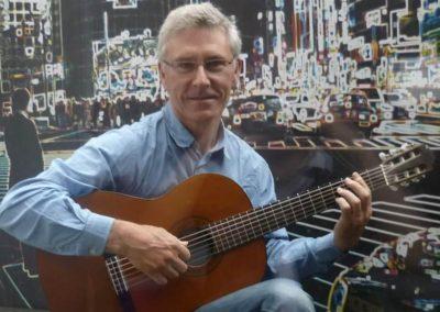 Paul – Acoustic, Electric & Classical Guitar | UK