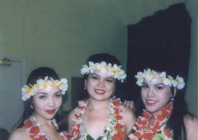 polynesian_dancers_hula_girls3