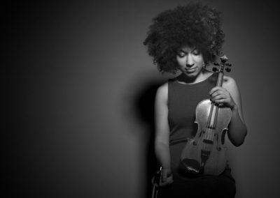 Roxy – Acoustic & Electric Violinist | London| UK