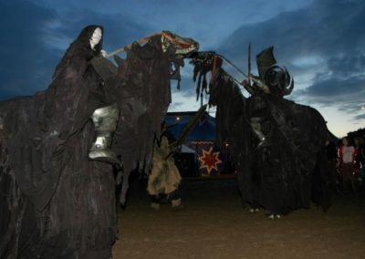 scary_stiltwalkers4