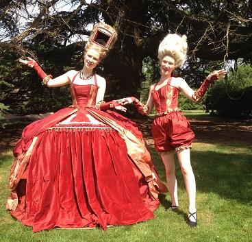 the_puppet_theatre_dress2