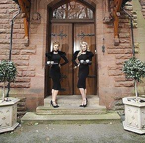 themed_hostesses3