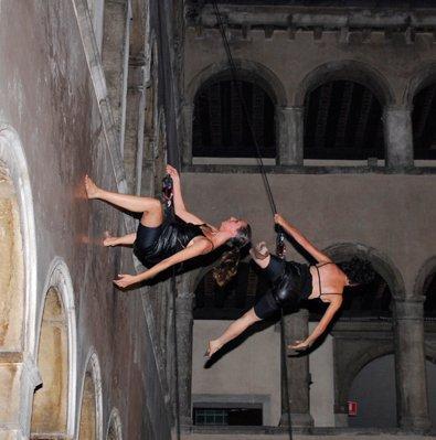 vertical_dance11