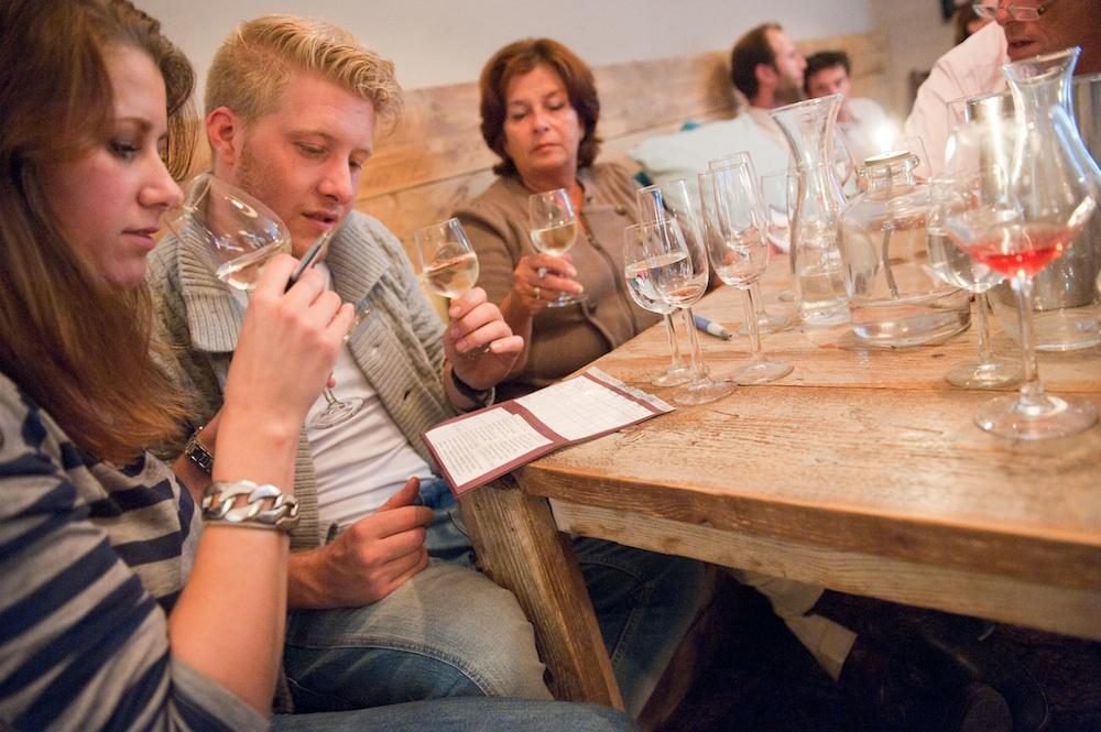 booking for wine tasting