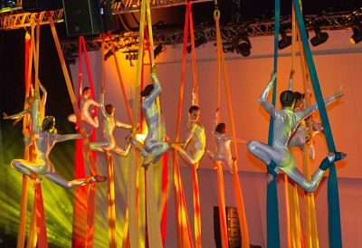 An Act Above – Aerial Silk & Hoop Shows | UK