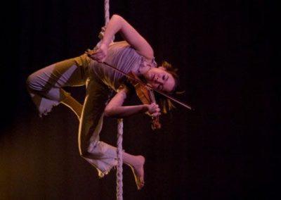 anna-musical-aerial-rope3