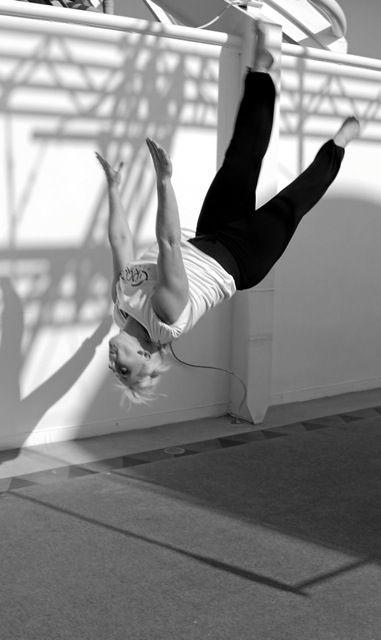 beth-acrobatics-free-runner1