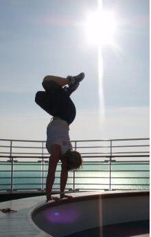 beth-acrobatics-free-runner2