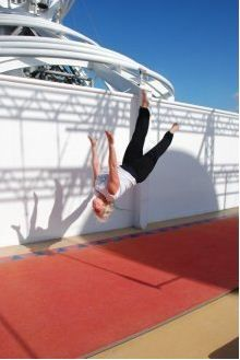beth-acrobatics-free-runner3