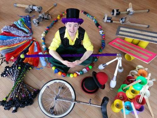 booking agent for edinburgh performers circus workshop