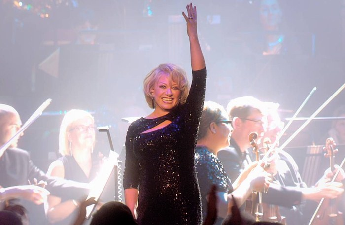 Booking agent for elaine paige
