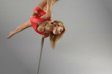 Hire / Book cheryl aerial pole dancer & pole dancer