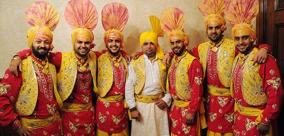 indian-punjabi-dance-troupe5
