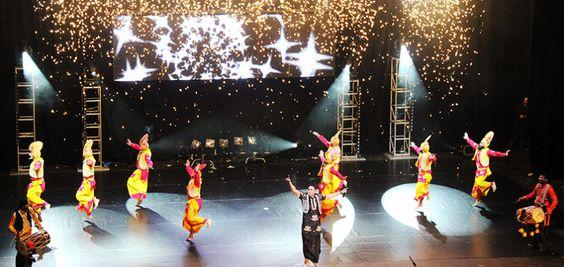 indian-punjabi-dance-troupe7