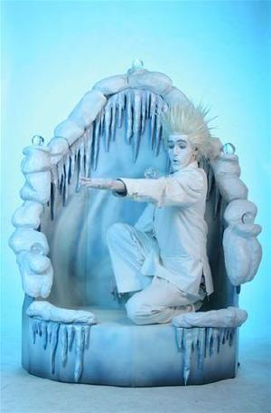 jack-frost-juggler-statue2