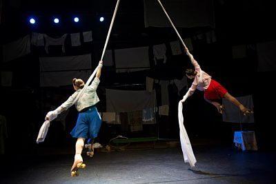 Lisa & Jessie – Double Trapeze Act | UK