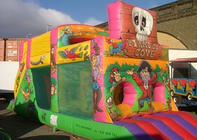 Pirate Run – Bouncy Castles & Soft Play | UK