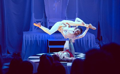 booking agent for pixie contortion duo