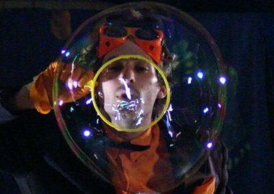 Bubble Show: Zanzibar – France & UK