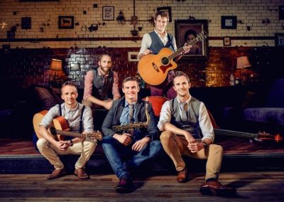 The Travelling Hands – Party & Function Band | UK