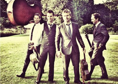 Diamond Boys – Guitar & Vocal Group | UK