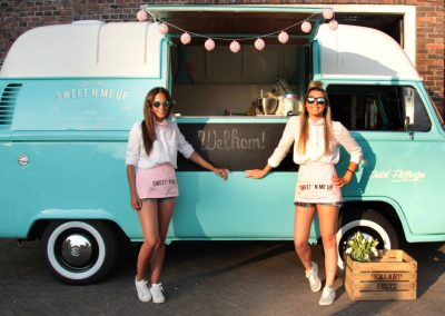 Gourmet Dutch Snacks – Food Truck | UK