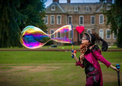 Love a Bubble – Bubble Performer | UK