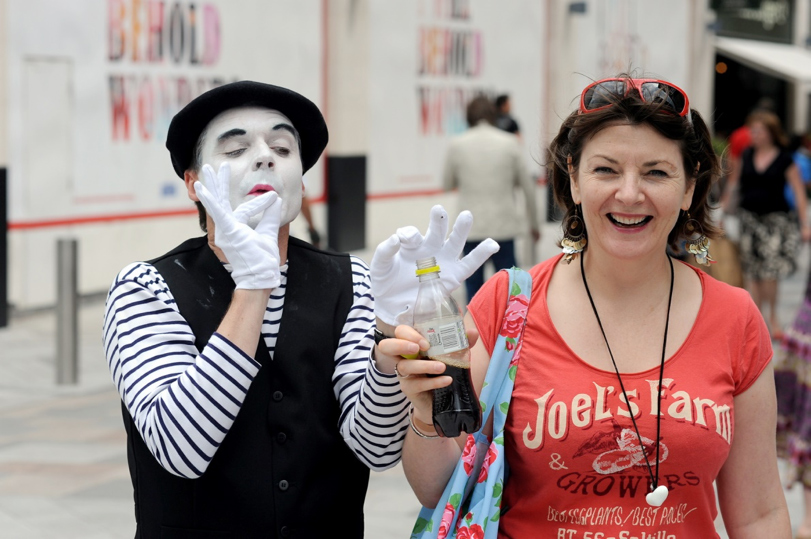 booking agent for french mime