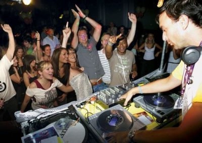 A Stick It On Party – Interactive DJ Entertainment   UK