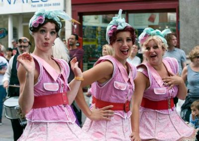 Hair Rollers – Walkabout Characters – Performance | UK