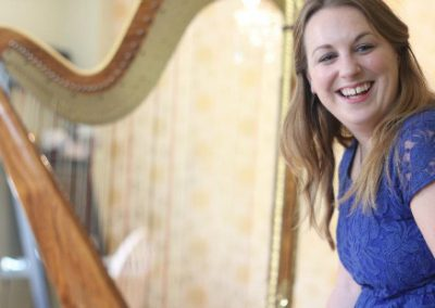 Acoustic Harpist: K. Thomas – UK