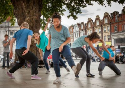 Contemporary Dancers: Off the Ground – Int.