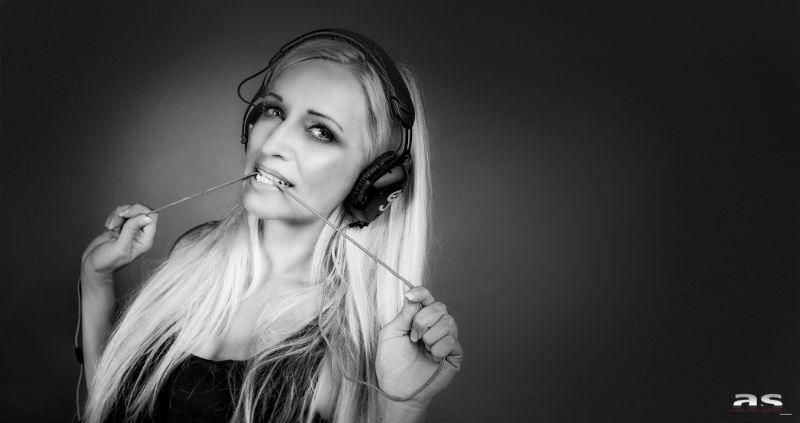 Sabrina DJ (3)