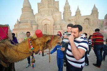 amir-camel-walkabout14