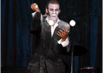 Anton – Juggler/Yo Yo Performer |  UK