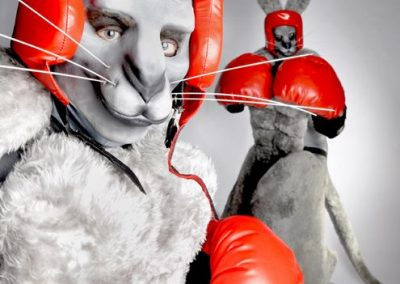 boxing-kangaroos-stiltwalkers2