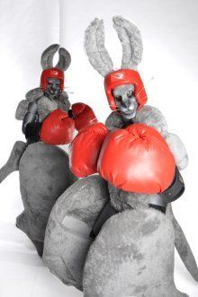 boxing-kangaroos-stiltwalkers3