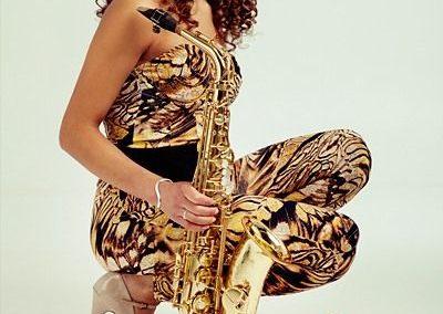 female-sax-quartet3