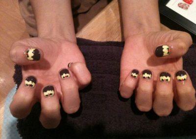 glo-nail-art2
