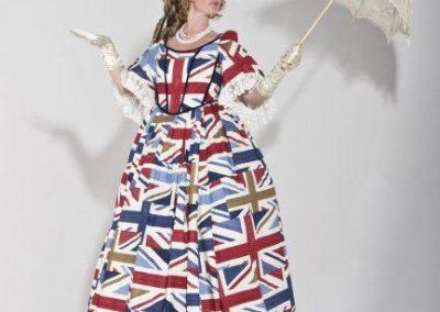 lady-britannia-stiltwalker1