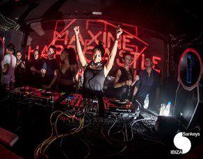 maxine-house-dj1